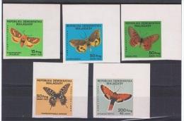 MAD 13 - MADAGASCAR N° 721/25 Neufs** Non-dentelés - Thème Papillons - Madagascar (1960-...)