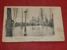SAINT DIZIER  -  L´inondation De 1910 - Le Passage à Niveau De L´Avenue De Bar Le Duc -  1911  -  ( Photos Recto-verso) - Saint Dizier