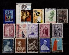 VATICANO  Lotto 15 Francobolli  MNH - Collections