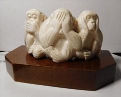 """Superbe Sculpture Ancienne """" Les 3 Singes """" - Matiére Noble - Asian Art"""