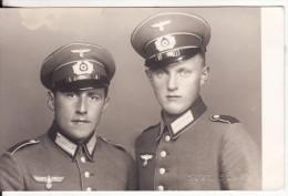 Carte Postale Photo Militaire Allemand Uniforme-Insigne Régiment 2 ème Guerre-Casquette-Sury Slany - Weltkrieg 1939-45