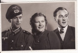 Carte Postale Photo Militaire Allemand Uniforme-Insigne Régiment 2 ème Guerre-Casquette - Weltkrieg 1939-45