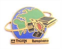 Pin's  THORN EUROPHANE - Satelitte Orbitant Autour De La Terre - Collections Parisiennes - E283 - Space