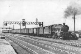 Jubilee Locomotive Golboure Train Of Vans - Railway