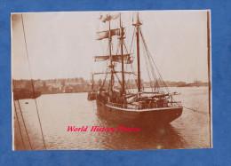 Photo Ancienne Début 1900 - Port De SAINT MALO - Superbe Bateau Bernadette - Trois Mats Voilier - Voir Zoom - Barcos