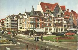 CPM De Coq Sur Mer (Belgique) Place Léopold Et Route Royale - Oostende