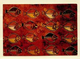 PEROU -  Poisson peints sur un tissus de toile provenant d'une tombe pr�colombienne (voir scan recto/verso)