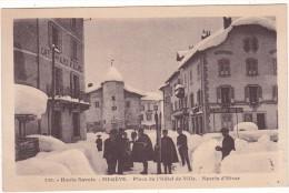 520.   -  Haute-Savoie.   -   MEGEVE.  -  Place  De  L'Hôtel  De  Ville.  -  Sports  D'Hiver - Megève