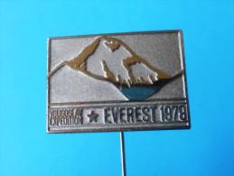 MOUNT EVEREST - HIMALAYA 1979. EXPEDITION Anstecknadel Bergsteigen Klettern Alpinismus Pin Badge Mountaineering Climbing - Alpinismus, Bergsteigen