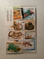 POCHETTE - 50 Timbres REPTILES Différents. - Reptiles & Batraciens