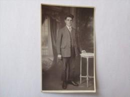 PHOTO PHOTOS PHOTOGRAPHIE Format Carte Postale Homme - Anonymous Persons