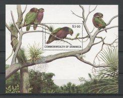 DOMINIQUE 1981 Bloc N� 68 ** Neuf = MNH Superbe Cote 7 € Faune  oiseaux birds Fauna Animaux