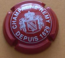 Capsule De Champagne  REMY  Rouge   Côte = 6,00€ - Champagne