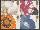 Great Britain 1997 Greetings Stamps: Flowers. Mi 1668-1669, 1672-1673 MNH - 1952-.... (Elizabeth II)