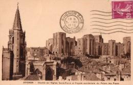 CPA   --  DPT 84  -- AVIGNON  --  CLOCHER  DE L ´ EGLISE  SAINT - PIERRE  ET  FACADE  DU  PALAIS  DES  PAPES.... - Avignon