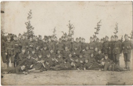 Militaria. Carte Photo. Bourg-Léopold. Soldats Du 1er Peloton. - Guerra, Militares