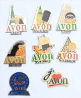 Lot De 8 Pin's AVON - Cosmétique -  E305 - Badges