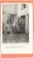 PAYSANNES PUISANT DE L´EAU - Village Près LEZOUX (Puy De Dome)  A.G. PHOTO - Agriculture
