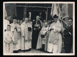 EVERGEM LANGERBRUGGE  - FOTO 24 X 18 CM // PASTOOR RUYTINCKX 1961 JUBILEE FEEST - ZIE 2 SCANS