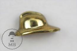 Fireman Firefighter, Spanish Brass Helmet - Pin Badge #PLS - Bomberos