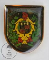 Montceau-les-Mines Fireman Firefighters Pin Badge #PLS - Bomberos