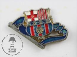 F.C. Barcelona Football Club  Pin Badge #PLS - Fútbol
