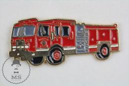 Sapeurs Pompiers / Fireman Firefighter Clinton Fire Department Truck - Pin Badge #PLS - Bomberos