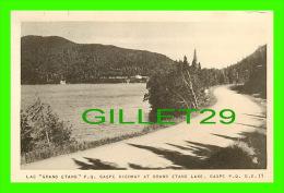 """GASPÉ, QUÉBEC - LAC """"GRAND ETANG"""" - GASPE HIGHWAY AT GRAND ETANG LAKE - G.E. 11 - PUB. BY H.V. HENDERSON - - Gaspé"""