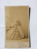 OLD CARDBOARD PHOTO    ADOLF OST   VIA A VIS DER BÖRSE  1865. - Photographs