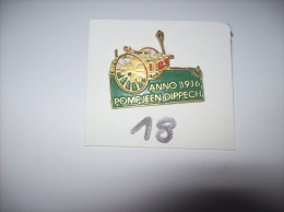 PIN´S - POMPIERS - POMPJEEN DIPPECH Anno  1916   - Sapeurs Pompiers  -   Voir Photo ( 18 ) - Brandweerman