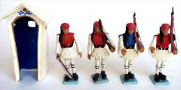 FIGURINE AOHNA ATHENA Lot De 4 SOLDATS GREC AVEC 1 GUERITE Soldat Figurines - Militaires