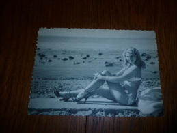BC6-2-36-2 Pin Up Femme Collection Bath Girls - Célébrités