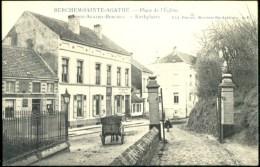 Berchem Ste Agathe : Place De L'Eglise Animé Et En Très Bon état - Berchem-Ste-Agathe - St-Agatha-Berchem