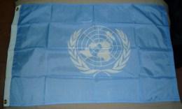 DRAPEAU ONU - Drapeaux