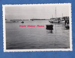 Photo ancienne - LOCMARIAQUER ( Morbihan ) - Animation au port - Juillet 1950 - pr�s Arzon Larmor Baden - Bateau Ship