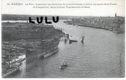 DEPT 44 : 2 Scans ; Nantes  , Le Port A Gauche Les Chantiers De Construction - Nantes