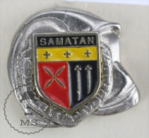 Sapeurs Pompiers / Fireman Firefighter Helmet - France, Samatan Coat Of Arms - Pin Badge #PLS - Bomberos