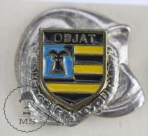 Sapeurs Pompiers / Fireman Firefighter Helmet - France, Objat Coat Of Arms - Pin Badge #PLS - Bomberos