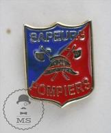 Sapeurs Pompiers  France / Fireman Firefighter - Pin Badge #PLS - Bomberos