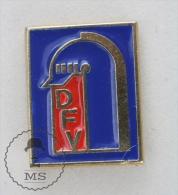 Sapeurs Pompiers - Deutch Fireman Firefighter - Pin Badge #PLS - Bomberos