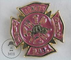 Agnews Fire Department - Fireman Firefighters/ Sapeurs Pompiers - Pin Badge #PLS - Bomberos