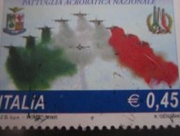 Italia / Italy / Italie -2005 AERONATICA MILITARE COLORE ROSSO SPOSTATO  - - Abarten Und Kuriositäten