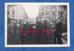 Photo Ancienne - PARIS - Aumonier Abbé De L'oeuvre Des Orphelins Apprentis D'Auteuil - Personnalité à Reconnaitre - 1944 - Métiers