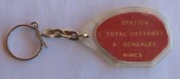 PORTE CLEF STATION TOTAL CASTANET A NIMES -GARD - - Sleutelhangers