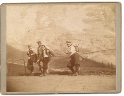 Photo Début 1900 SUISSE ,Weg Auf Der Grosse Scheidegg, Wanderer Berner Oberland Schweiz - BE Berne