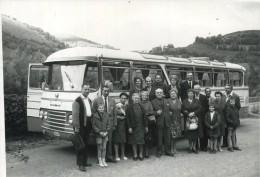 LOURDES : Souvenir Excursion : Autobus : ( Vieux Photo 17.5 X 12.5 Cm ) - Fotos