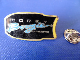 Pin's Surf - Morey Boogie (PQ62) - Badges