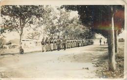 MILITARIA  Légion  Légionnaire  Défilé - Documents