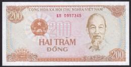 Vietnam 200 Dong 1987 P100 UNC - Vietnam