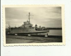 """PHOTO (9.x6 cm) B�TEAU """"LA GAZELLE""""F.736."""